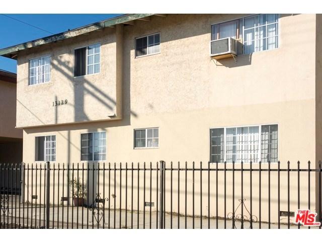 13127 Vanowen St, North Hollywood, CA 91605