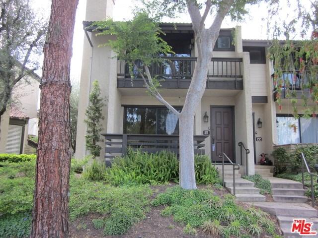 21730 Marylee St #APT 21, Woodland Hills, CA