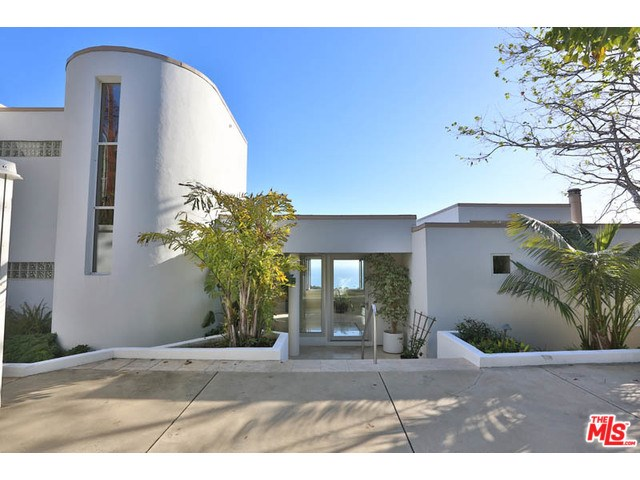 30112 Cuthbert Rd, Malibu, CA
