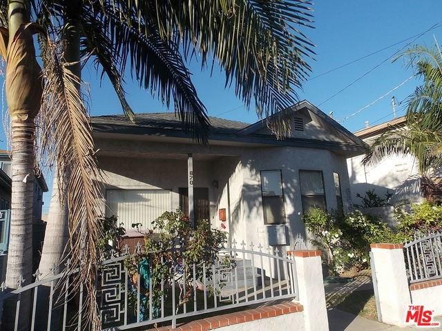 670 W 15th St, San Pedro, CA 90731