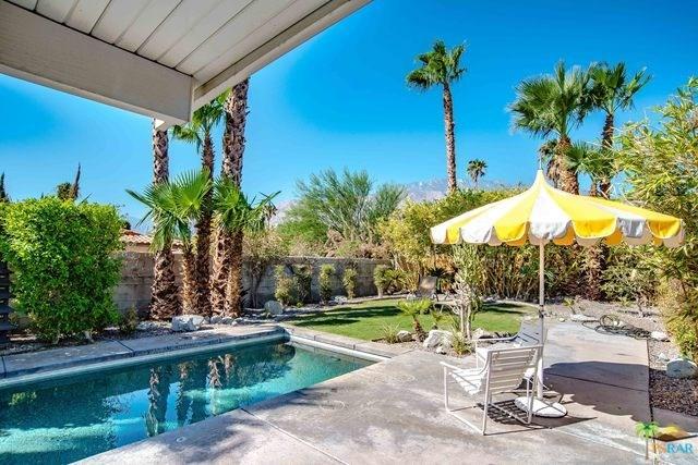 1187 E Racquet Club Rd, Palm Springs, CA 92262