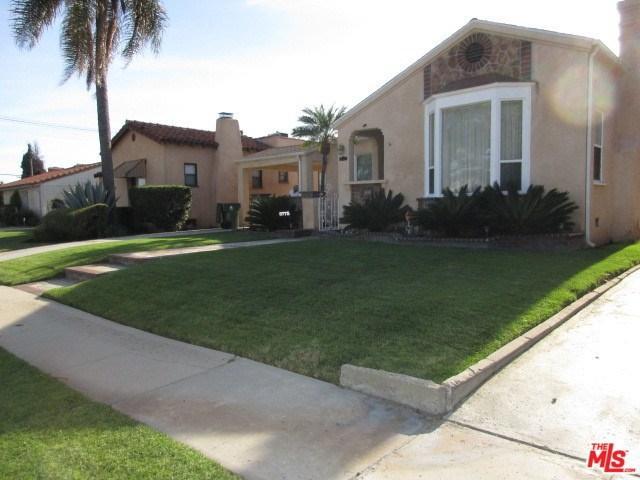 8775 S Denker Ave, Los Angeles, CA