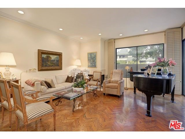 2381 Century Hill, Los Angeles, CA 90067