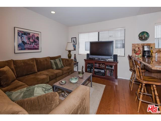 6145 Shoup Ave #APT 50, Woodland Hills, CA