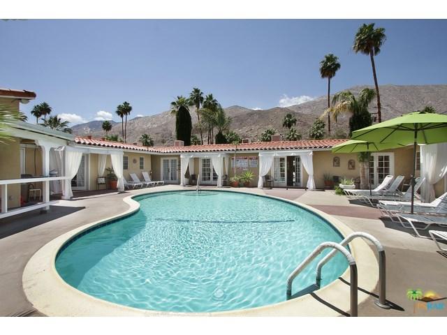 1491 S Viaduct Soledad, Palm Springs, CA 92264
