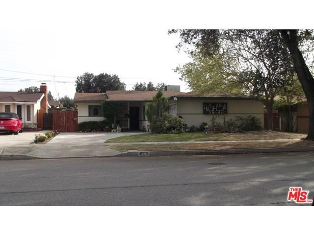 226 E Pioneer Ave, Redlands, CA