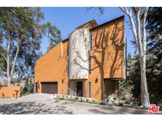 3954 Hopevale Dr, Sherman Oaks, CA