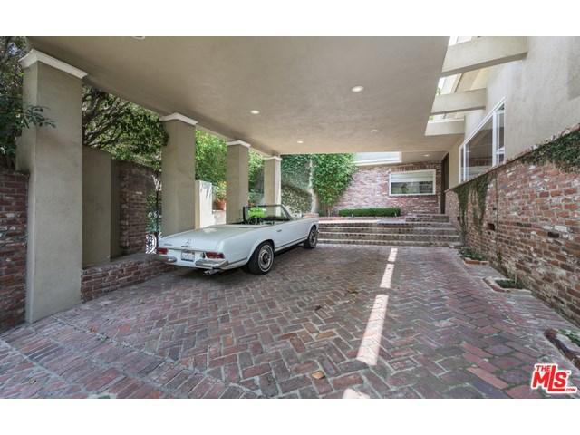 1531 Lindacrest Dr, Beverly Hills, CA