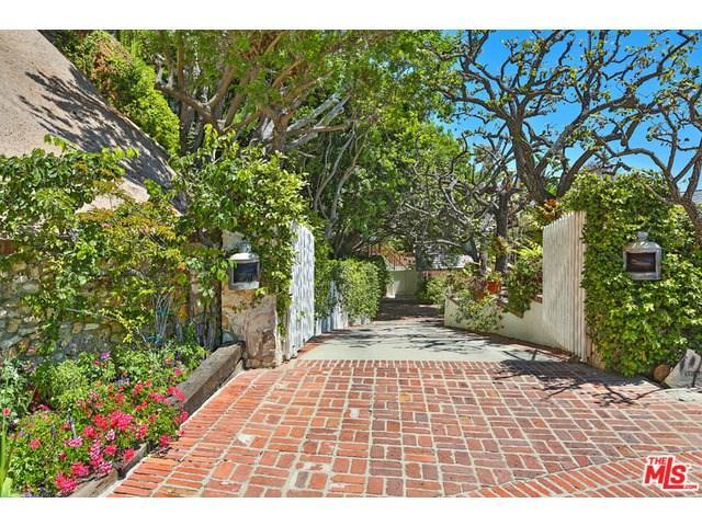 31500 Victoria Point Rd, Malibu, CA