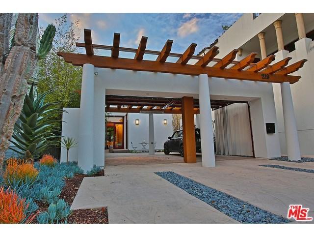 219 Equestrian Ave, Santa Barbara CA 93101