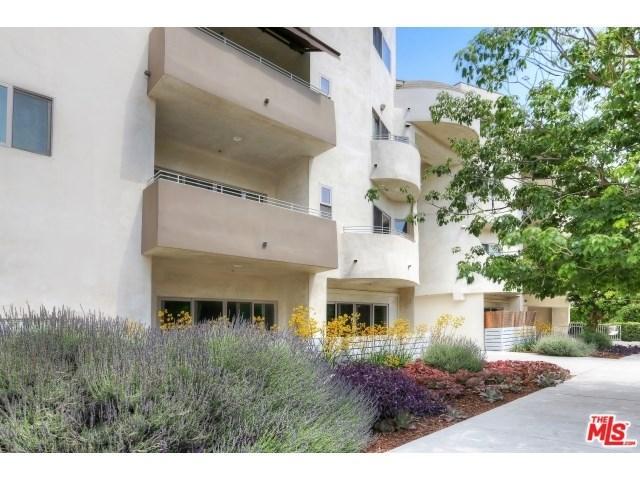 5016 Bakman Ave #APT 404, North Hollywood, CA