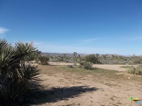 59149 Desert Gold Dr, Yucca Valley, CA 92284