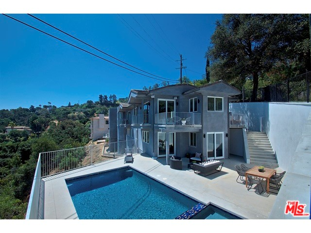 3548 Multiview Drive, Los Angeles, CA 90068
