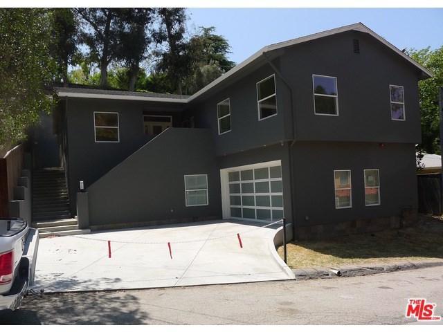 3855 Ridgemoor Dr, Studio City, CA 91604
