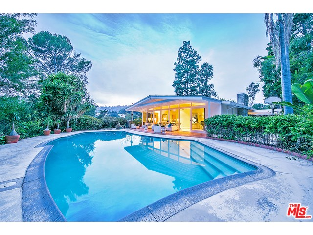 872 N Norman Place, Los Angeles, CA 90049