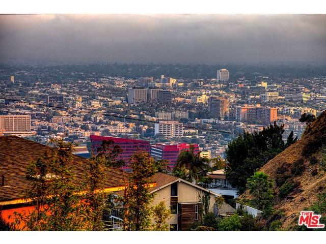 8655 Hillside Ave, Los Angeles, CA 90069