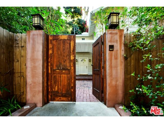 2237 Stanley Hills Dr, Los Angeles, CA 90046