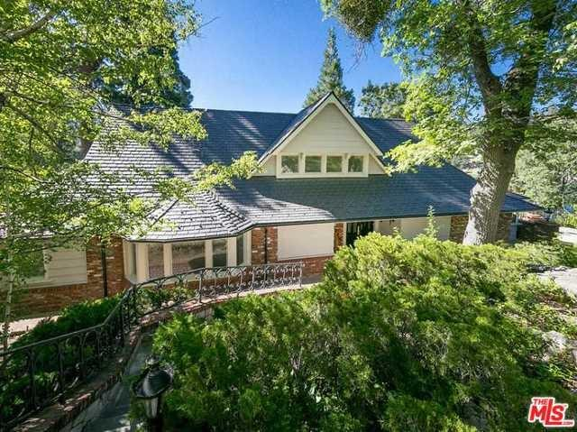 716 Oak Pt, Lake Arrowhead, CA 92352