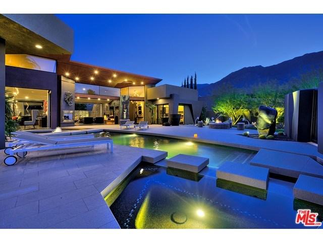 335 Patel Pl Palm Springs, CA 92264