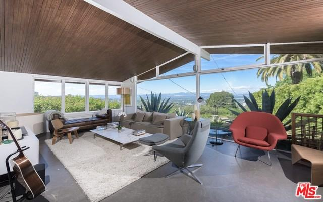 15154 Mulholland Dr, Los Angeles, CA 90077
