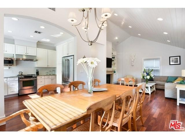 9048 Harland Ave, West Hollywood, CA 90069