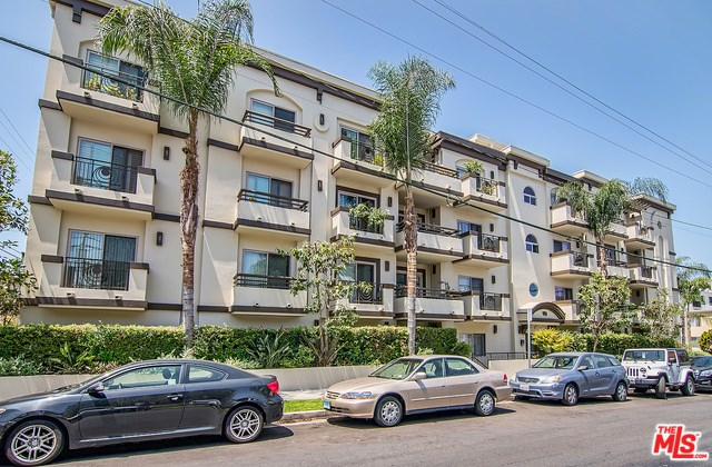 951 Granville Avenue #302, Los Angeles, CA 90049