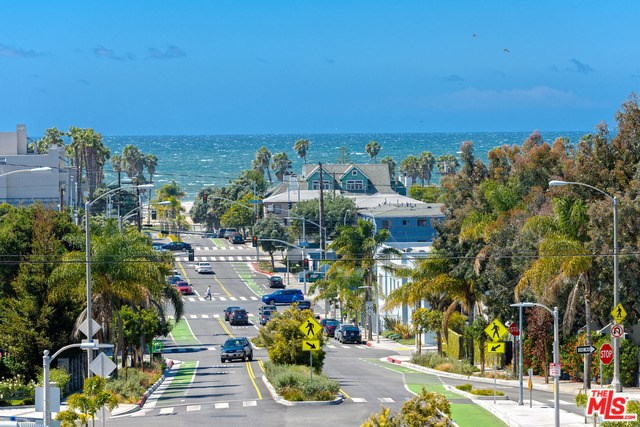2506 5th Street #2, Santa Monica, CA 90405