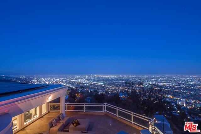 8570 Cole Crest Dr, Los Angeles, CA 90046