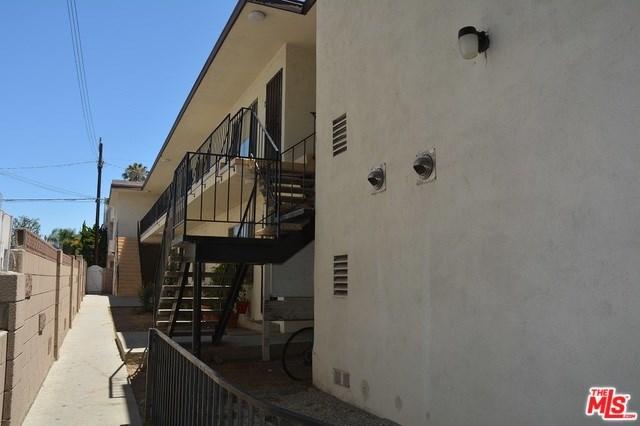 1562 Barry Avenue, Los Angeles, CA 90025