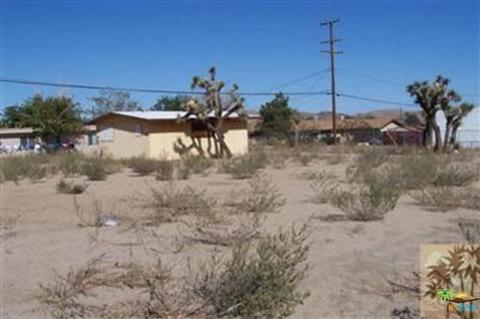 58942 29 Palms Hwy, Yucca Valley, CA 92284