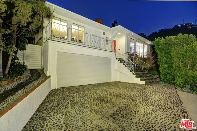 1383 Londonderry Place, Los Angeles, CA 90069