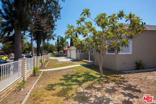 305 S Holly Avenue, Compton, CA 90221
