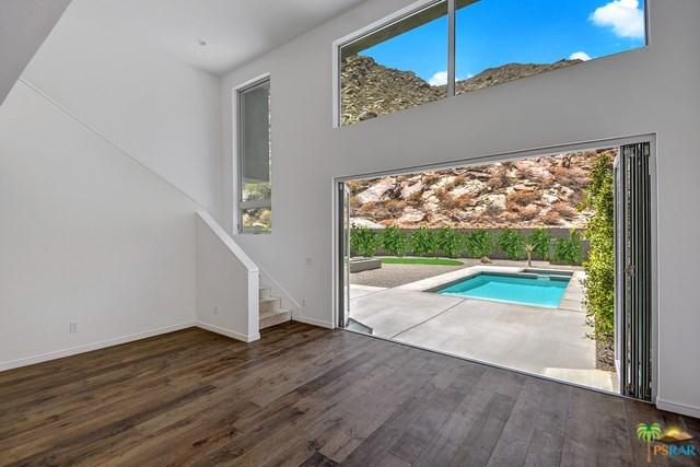 1009 Iris Ln, Palm Springs, CA 92264