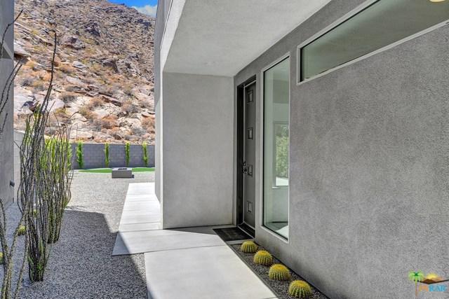 1009 Iris Lane, Palm Springs, CA 92264