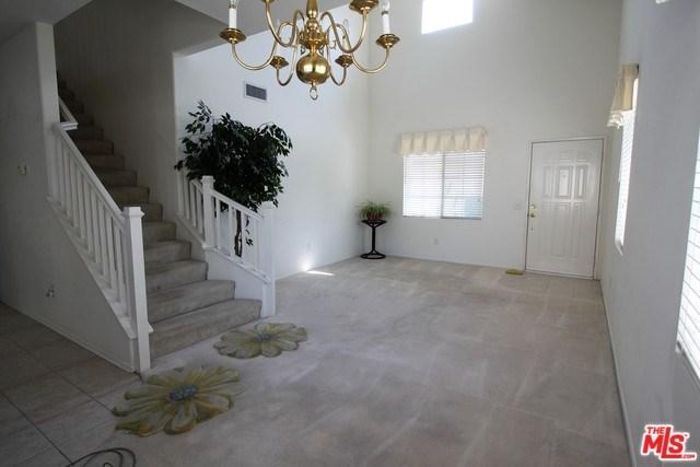 1829 Crowne Oak Lane, Simi Valley, CA 93065