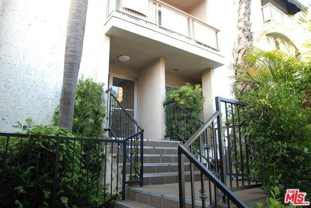 13543 Moorpark St #9, Sherman Oaks, CA 91423