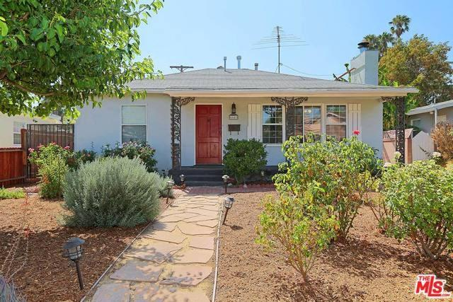 6641 Blewett Ave, Lake Balboa, CA 91406