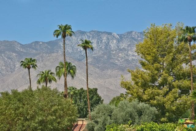 2424 Los Coyotes Drive, Palm Springs, CA 92264