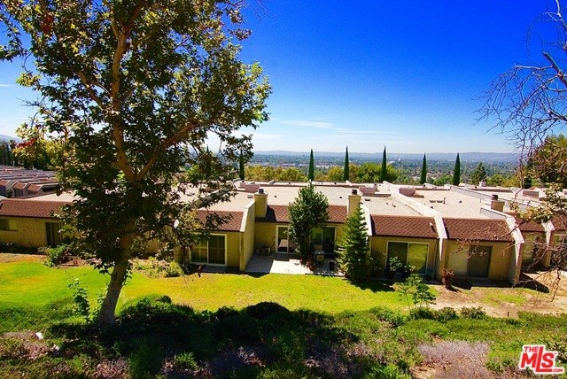 15633 Viewridge Lane #67, Granada Hills, CA 91344