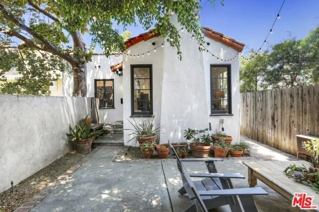 2241 W 24th St, Los Angeles, CA 90018