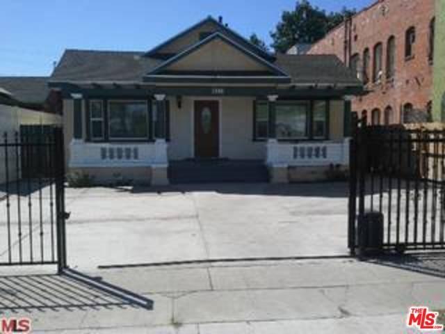 1496 W Vernon Avenue, Los Angeles, CA 90062