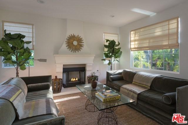 4950 White Oak Avenue, Encino, CA 91316