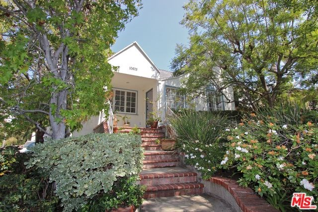 10675 Rochester Ave, Los Angeles, CA 90024