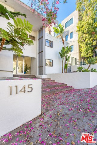 1145 Larrabee Street #2, West Hollywood, CA 90069