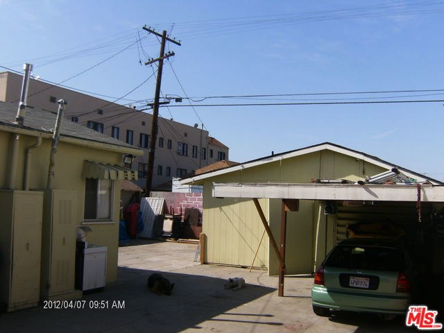 195 W Vernon Avenue, Los Angeles, CA 90037