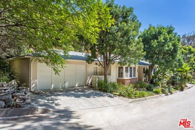 5652 Valley Oak Dr, Los Angeles, CA 90068