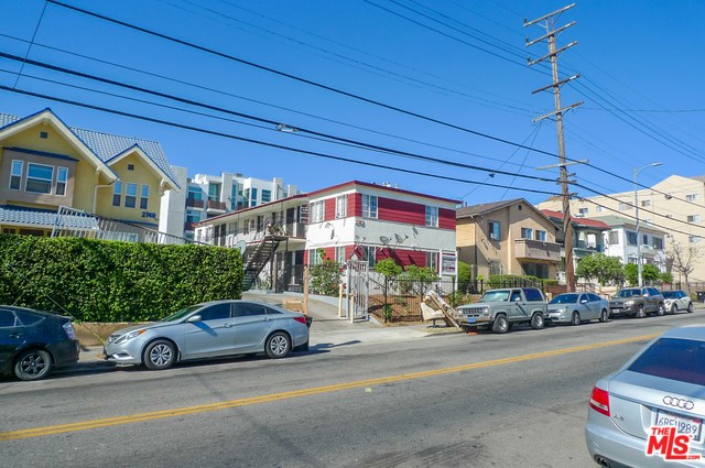2743 James M Wood, Los Angeles, CA 90006