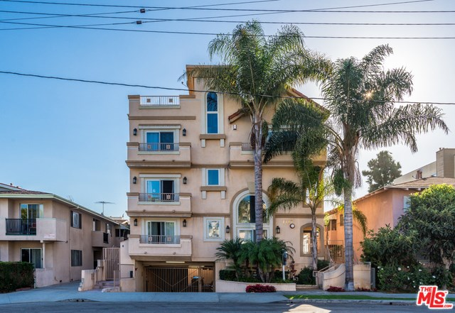 1717 S Barrington Ave #104, Los Angeles, CA 90025