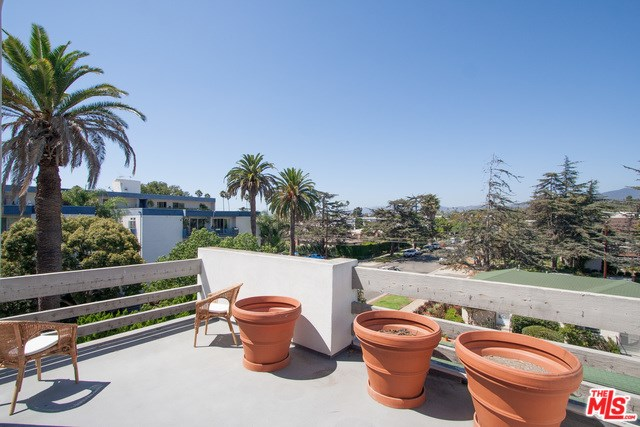 913 Euclid Street #1, Santa Monica, CA 90403