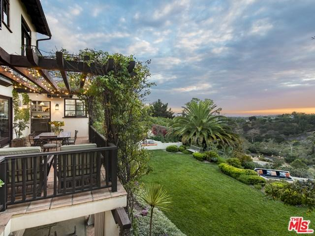 Pacific palisades ca real estate homes for sale movoto for Houses for sale pacific palisades